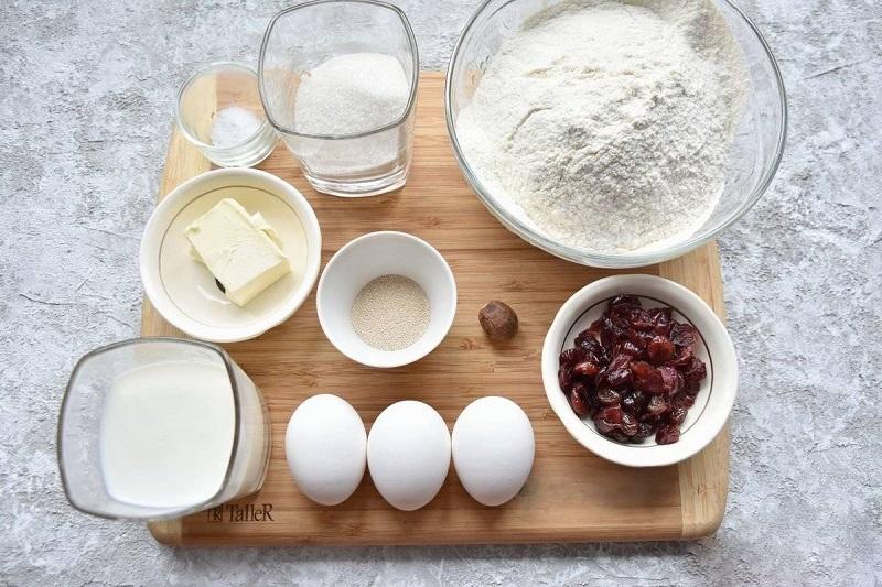 Ингредиенты для выпечки кулича