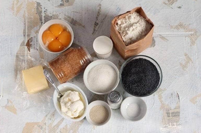 Ингредиенты для булочек с маком