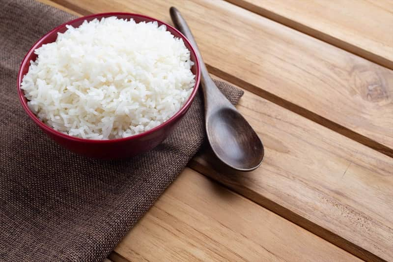 Отварной длинный рис